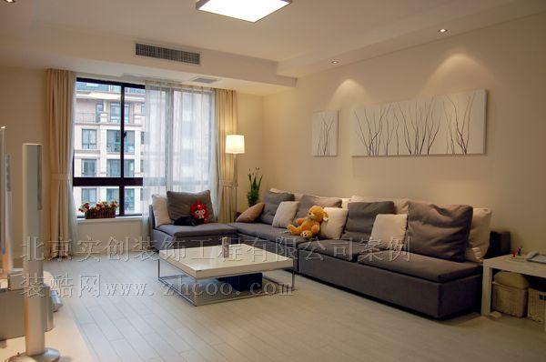 7萬裝簡約素雅120平3室2廳錯層設計