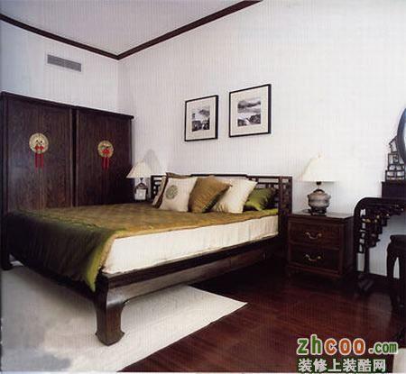 漂亮溫馨的臥室衣柜裝修