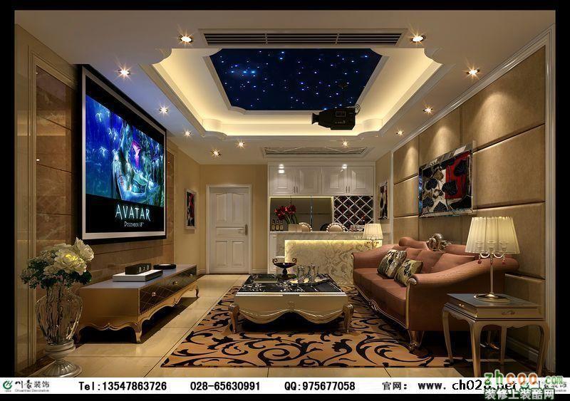 再搭配庄重大气的电视墙造型,欧式线条的造型顶,华丽的水晶吊灯等,使