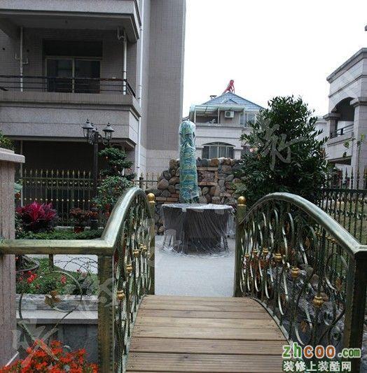自建别墅 实景图 欧式风格 别墅花园