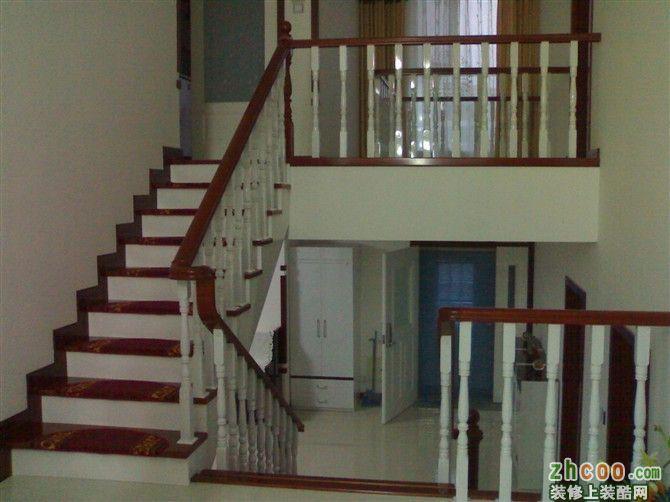 室内实木(钢木)楼梯与护栏