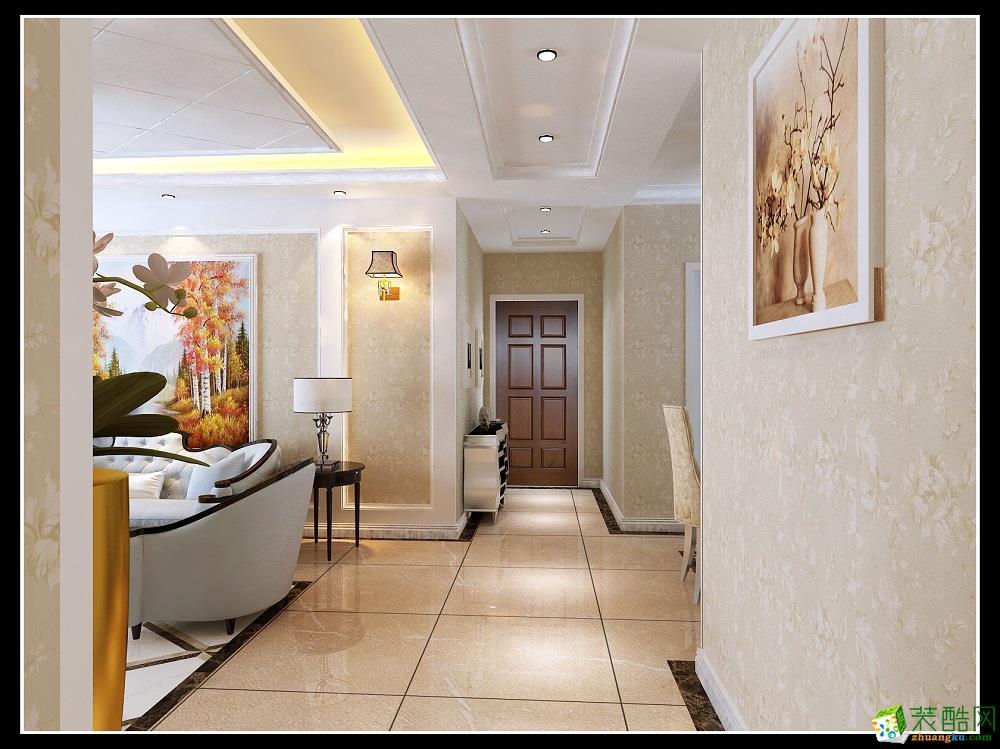 空间类型:现代风格 三室两厅一卫 房屋面积:132 装修方式:全包 工程造价:10万 简约欧式风格沿袭古典欧式风格的主元素,融入了现代的生活元素。欧式的居室有的不只是豪华大气,更多的是惬意和浪漫。通过完美的典线,精益求精的细节处理,带给家人数不尽的舒服触感。
