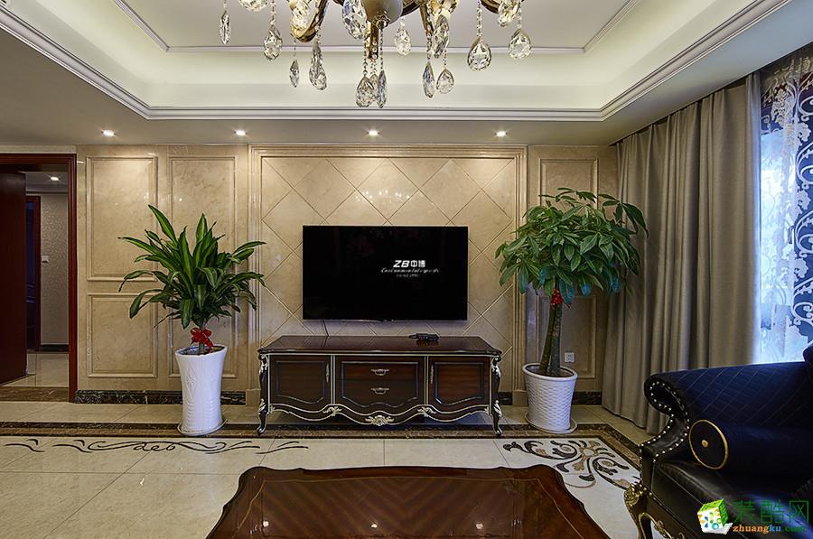 >> 欧式风格四室装修效果图图片
