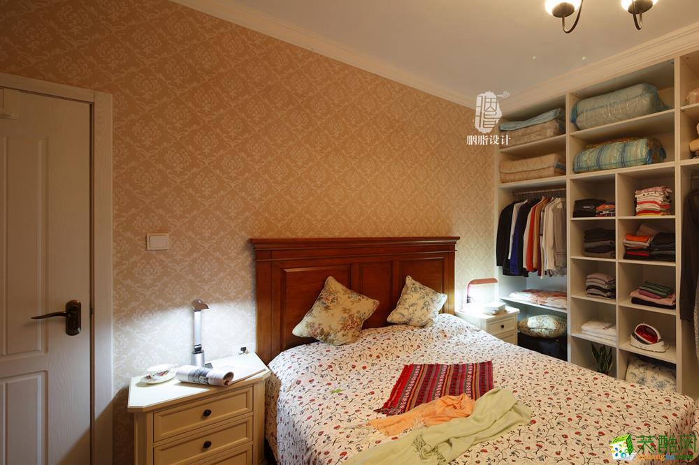 卧室 床头背景墙不是墙纸,是环保材料硅藻泥 【胭脂】春恋图片