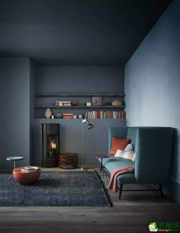 空间类型:现代风格 两室两厅两卫 房屋面积:80 装修方式:半包 工程造价:10万 如果说,黑与白是永恒的经典,那么灰色的诞生绝对是这经典中的奇迹。 灰色,比黑色多了些灵动的雅致;却又比白色多了分沉静的气质。 灰色是层次感最为丰富的色彩代表,或浓或淡,或疏或密,均可自成一格。