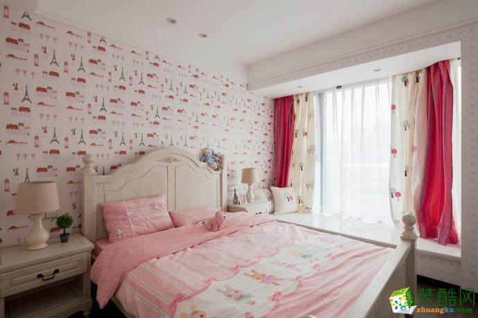 女性温馨甜美卧室装修效果图
