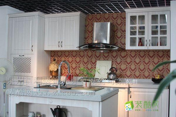 厨房变换空间