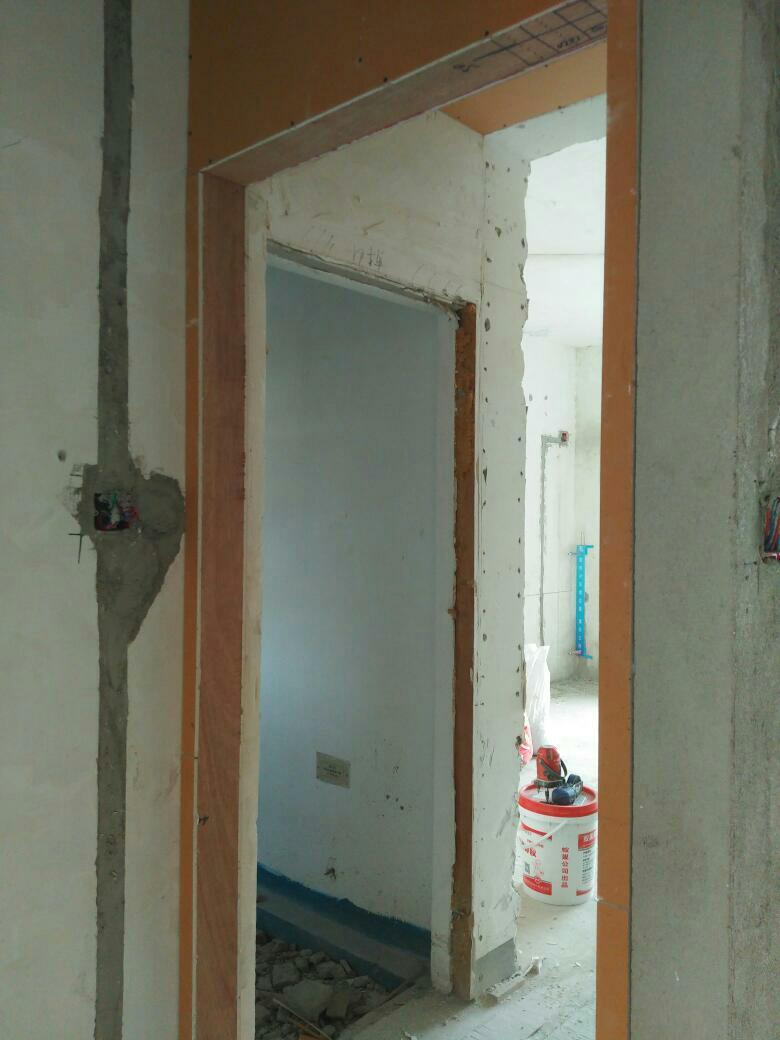 武汉尚可可装饰木工阶段
