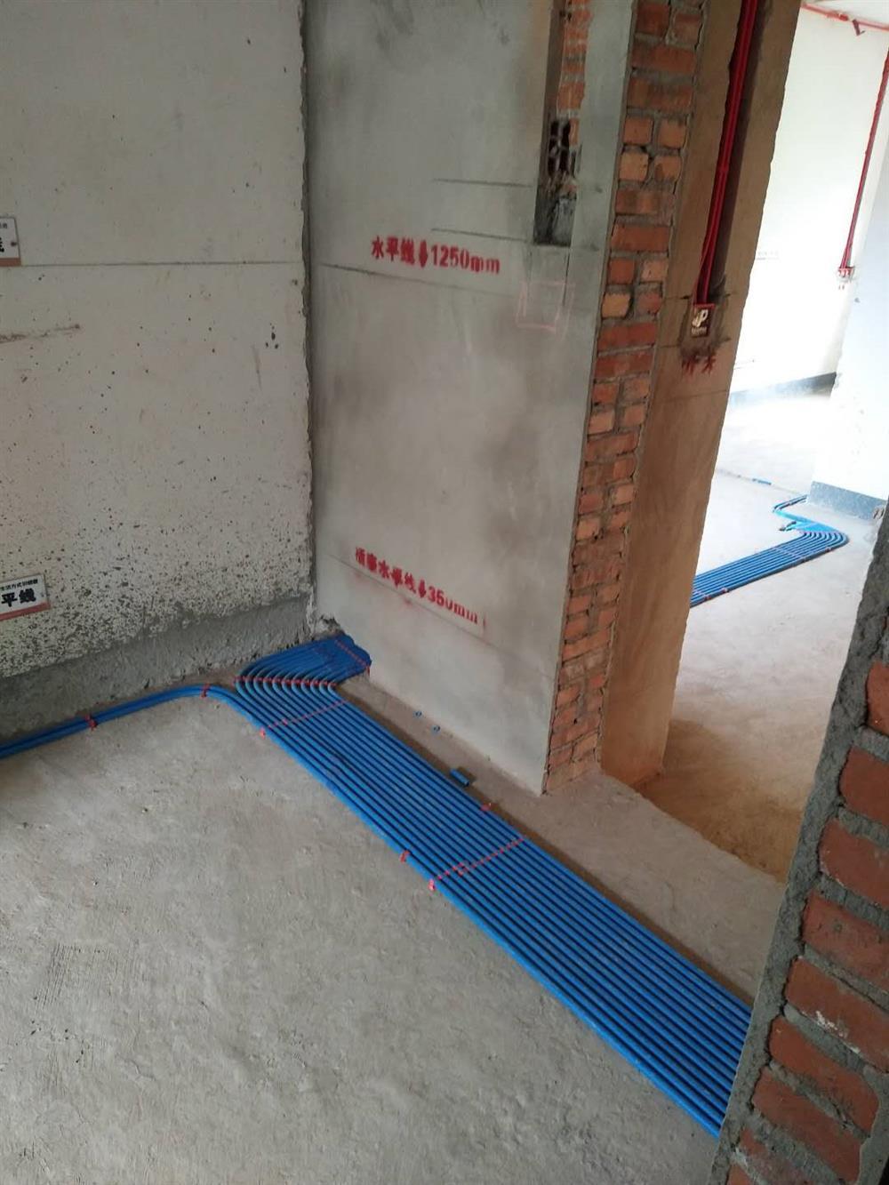 重庆品界装饰水电阶段