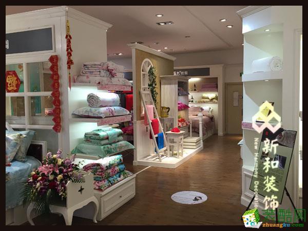 成都新和裝飾-工裝家居用品店120平米裝修案例