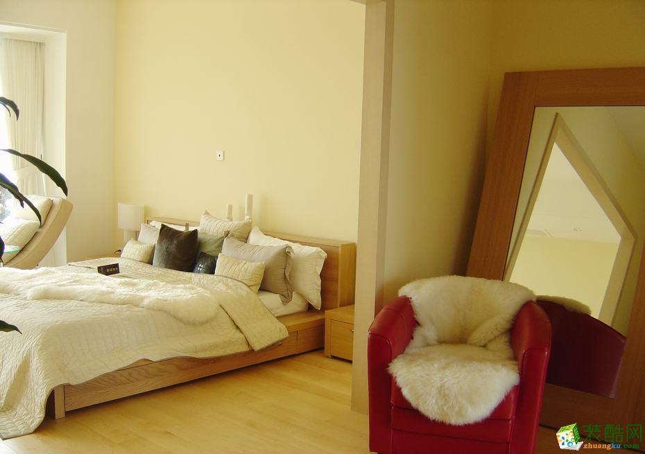 格调华冠―75平米两室一厅简约风格装修效果图