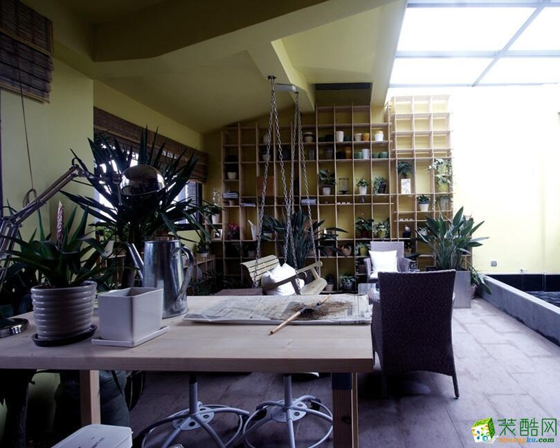>> 山墨装饰-186平米跃层住宅新中式风格装修案例图