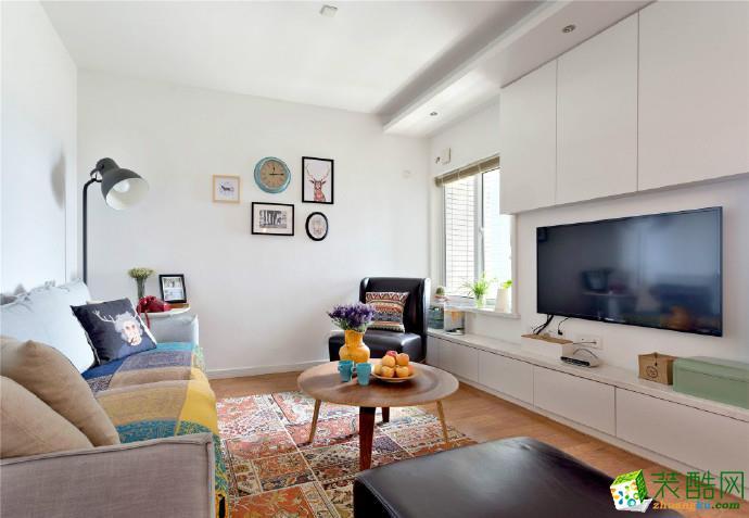名星装饰―绿地中央广场78平温馨两居室