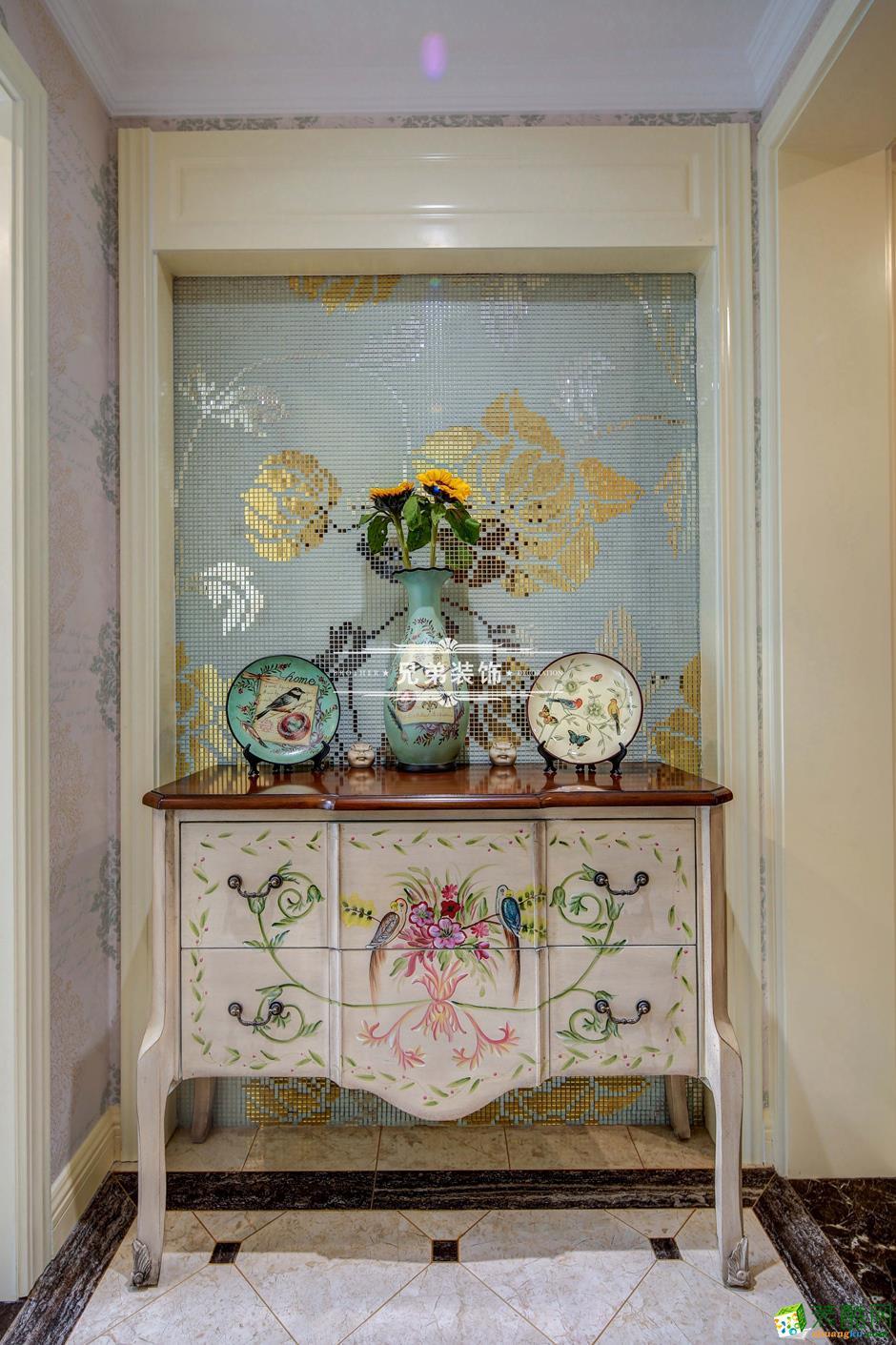 136平欧式风格三居室装修效果图-软装饰