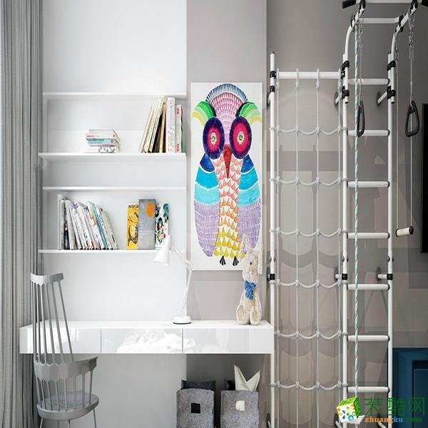 书房一角,猫头鹰装饰画以及旁边的挂绳。