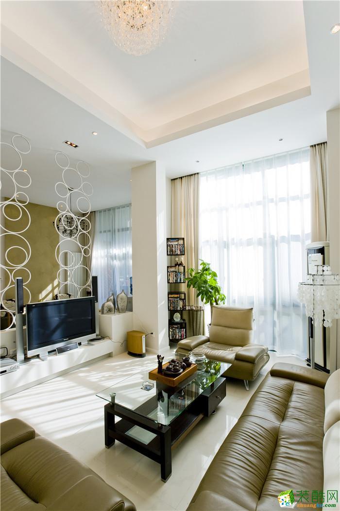 重庆居众装饰---融创勋爵堡115平米简约风格三居室装修效果图赏析。