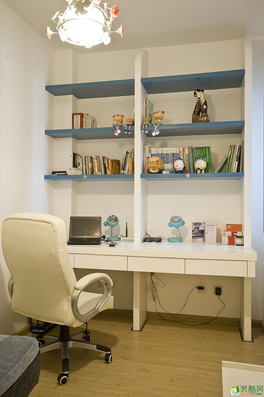 地中海三居室装修效果图-书房装修效果赏析