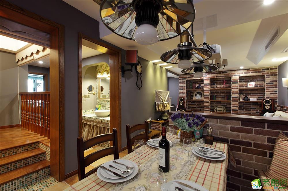 【橙家装饰】98平米现代风格两居室装修案例图赏析。