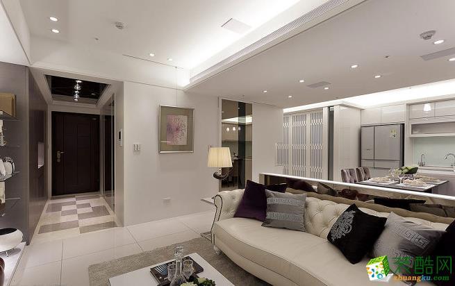 客厅 由两小户打通,其中一户作为公领域,另一户作为私领域,以ㄇ字型动线贯穿,合理的格局配置逻辑,丝毫看不出传统合�慊У牧闼楦小� 203平四居室现代风格装修效果图-太筑装饰