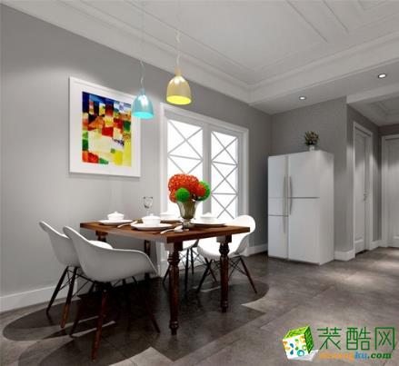 餐厅的油画使得色彩变的非富起来,将餐厅装点的十分时尚。