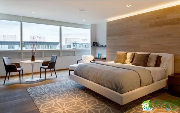 卧室是提供休息的地方,设计的温馨舒适是首要目标。另外,还要注意实用性,复式楼面积大,但也要让居住者可以轻松的拿取、收放物品为要。