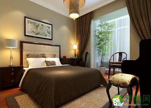 卧室是简单的中式风格,颜色也比较温馨。