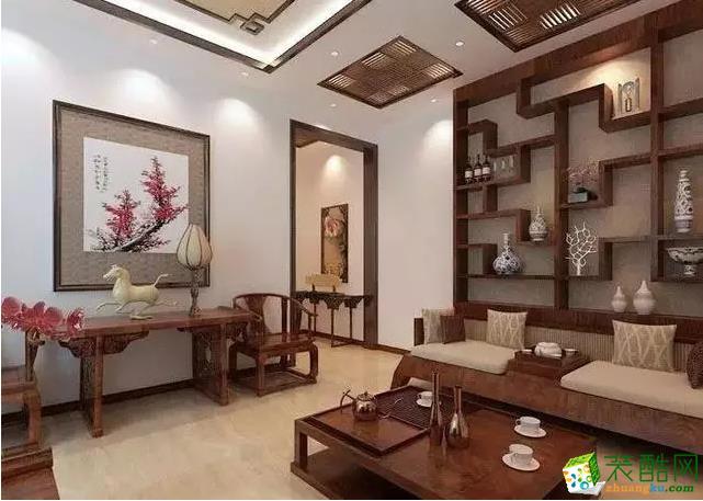 顶棚的博古架及能起到很好的装饰效果,又能让举架较高的墙面不单调。