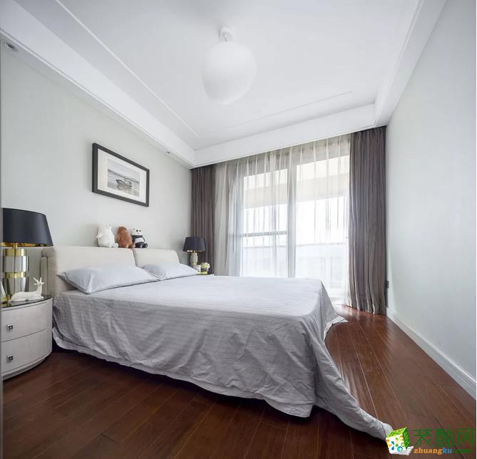 卧室 通铺木地板,加上简洁优雅的灰、白色家居,营造出了一种非常舒适的睡眠环境! 【金木装饰】138�O阳光美宅装修效果图