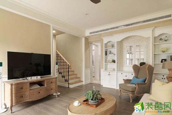 温馨简欧风复式客厅效果图