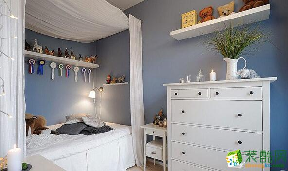 蓝白系卧室效果图