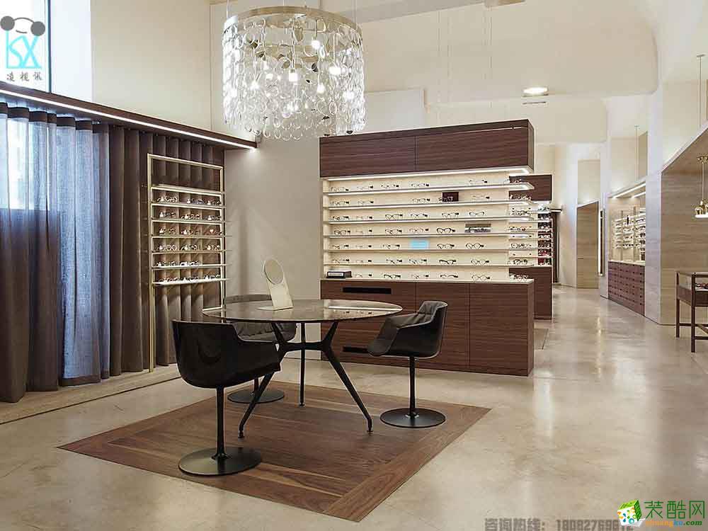 昆明眼镜店装修里用的烤漆展柜,有什么优点?