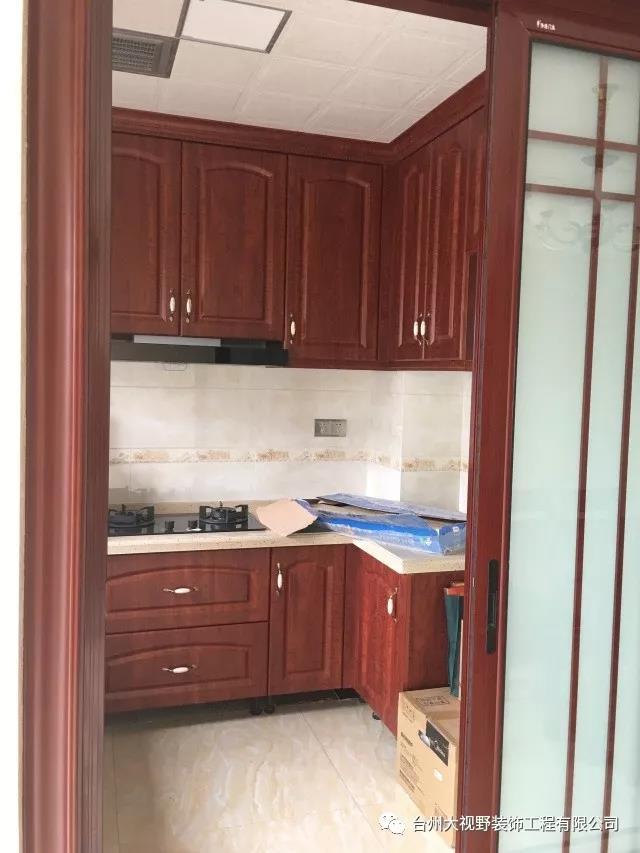 装修成品厨房