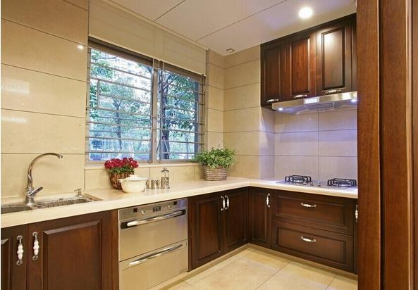 小编总结,以上建材加厨房电器总共在1万元左右,是不是挺实惠,还全是品牌呢,其实厨房装修一定要有目标,厨房装修不用追求花样,实用、品质好,才是最重要的,够买电器、橱柜之类的也不用挑选最出名的品牌,而应该尽量去挑选适中、性价比较高的,而厨房电器只买实用性高的即可,有的一年用不了几次的真的没必要。可以上就是装酷网为大家整理的厨房装修预算价格,希望能够帮到大家。
