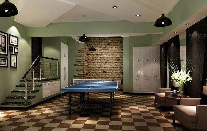 地下室的通风不像地上房间靠窗户进行空气自然流通,形成通风,必须