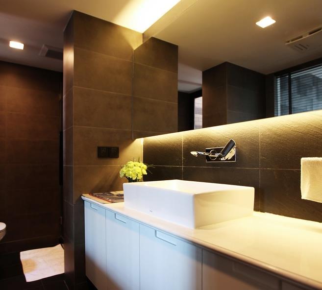 55平的面积,装修就要显空间空旷些,开放式卧室很少出现在一般的设计图片
