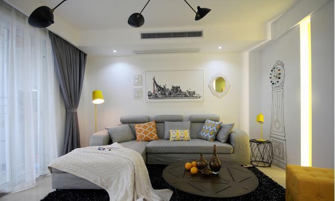 客厅装修 这个装修案例是大户型简装的典型,少造型,用墙纸与乳胶漆