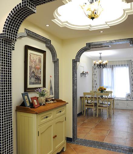 中高档装修:地中海风格装修主要是拱门造型,仿                    造