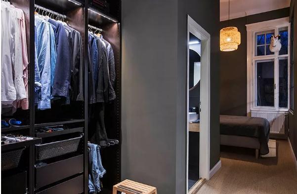 单身公寓怎么装修更时尚?100平混搭超大餐厨实景图